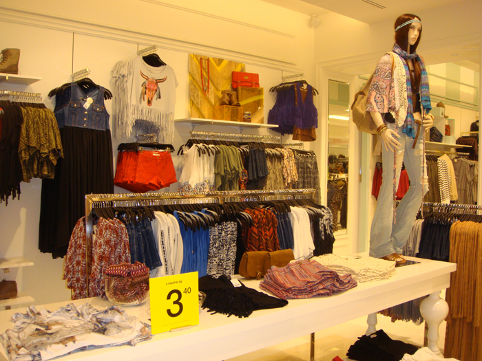 Clothing stores similar to forever 21. Online clothing stores