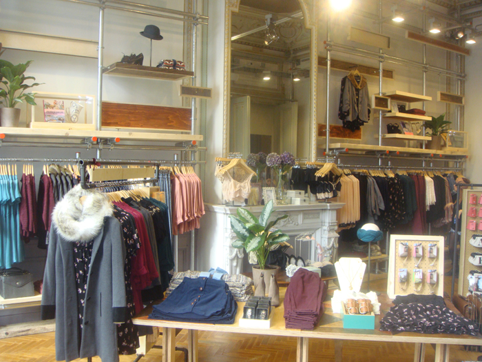 Urban outfitters has landed in brussels stylelab - Urban outfiters bruxelles ...