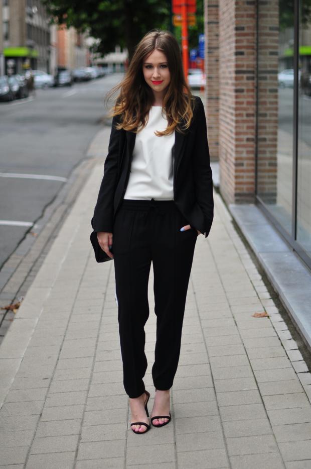 stylelab fashion blog ootd outfit black white monochrome sports
