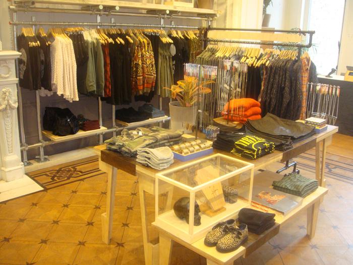KICKZ.COM - Online Shop for best Streetwear, Sneaker and